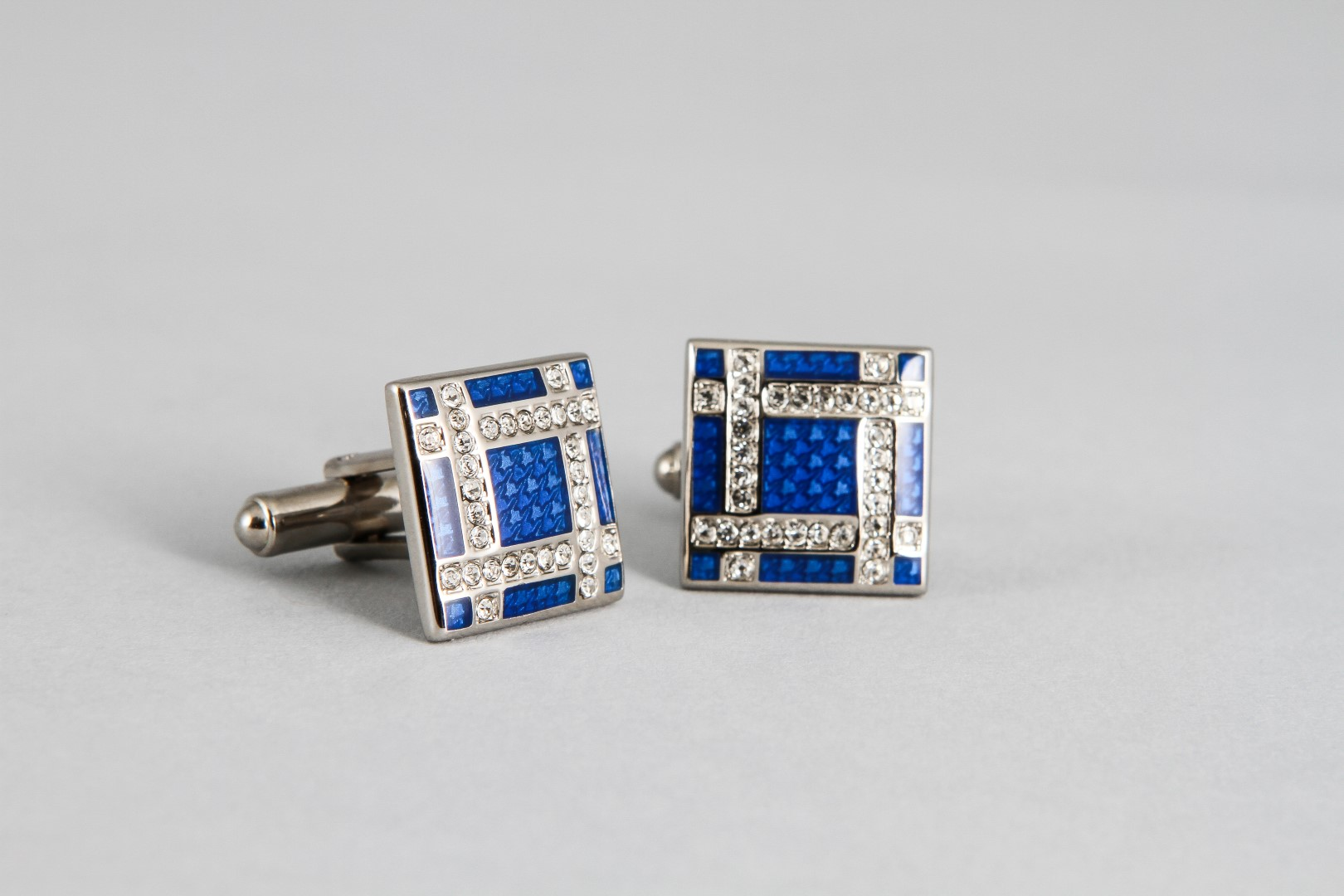 MON ART INTERNATIONALE CUFFLINKS